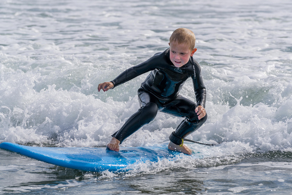 Max-Surfing at Whangamata Beach